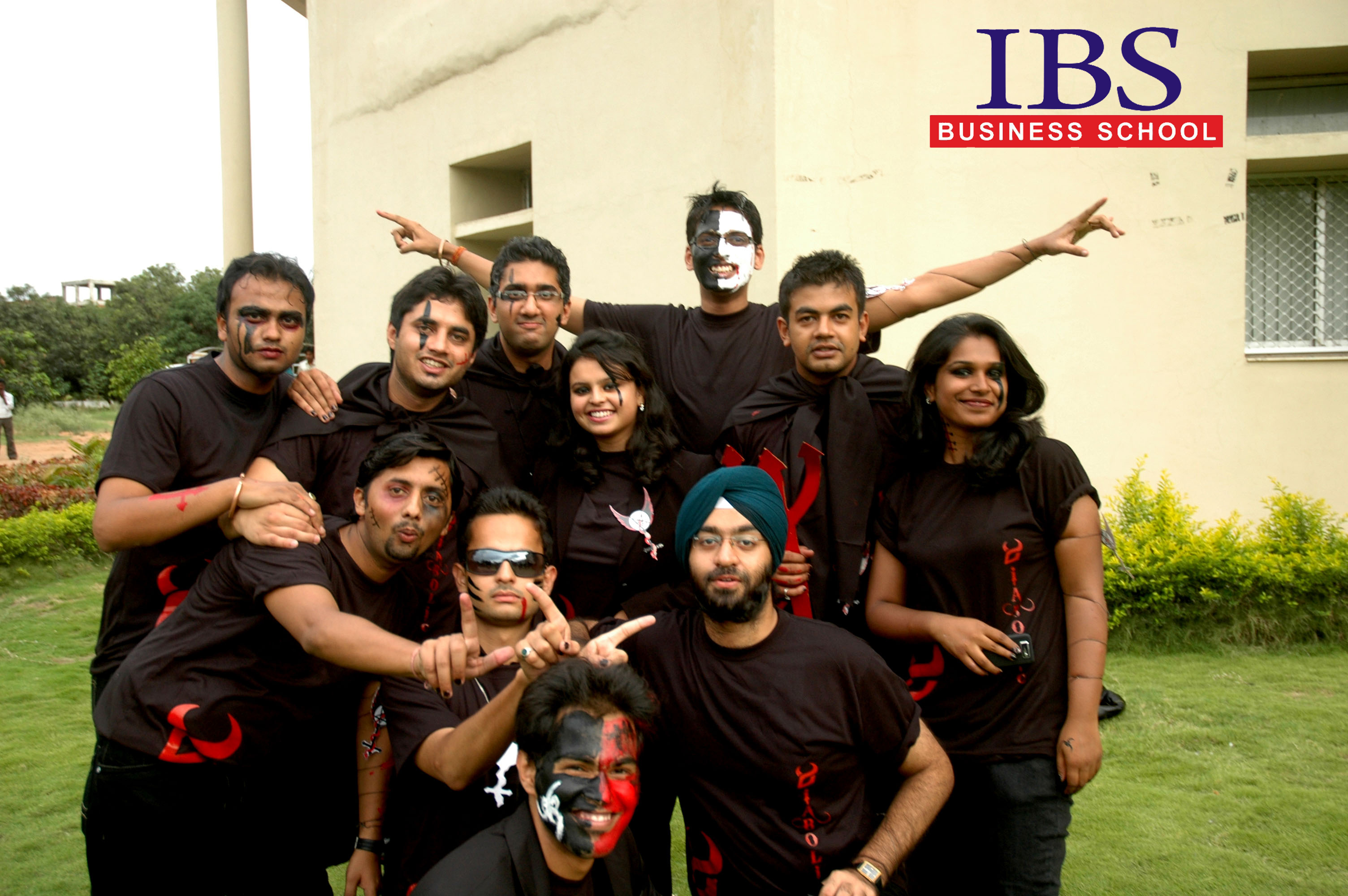 MBA Graduates Creating Creatively